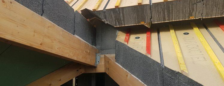 Ecopassiv - Pose des panneaux de toiture