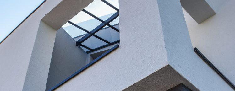 Ecopassiv - Zoom sur l'entrée de la maison